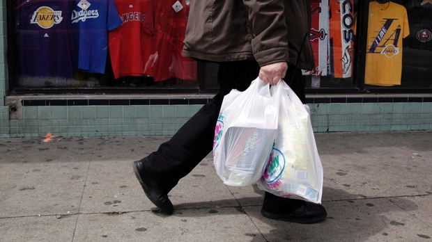 Montreal eyes ban on plastic shopping bags