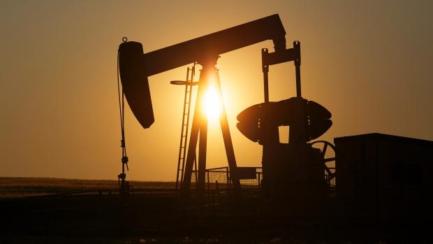 Oil sinks below $42 US a barrel