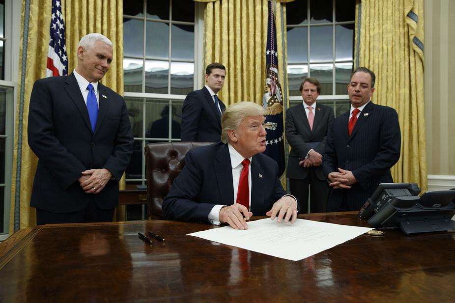 Дональд Трамп инициировал выход США изТранстихоокеанского партнерства