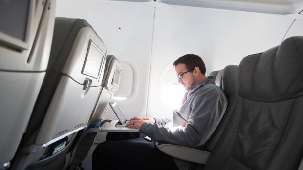Reuters проинформировал опланах США ограничить провоз электроники всамолетах
