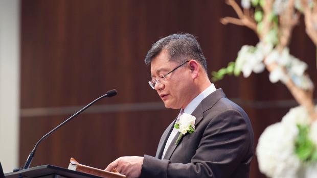 Северная Корея освобождает приговоренного кпожизненному заключению канадского пастора