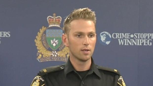 ВКанаде мужчина сножом напал наполицейского ибыл убит