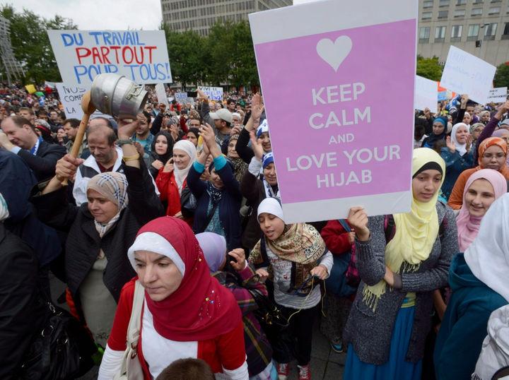 ВКанаде приняли закон, запрещающий утаивать лицо при получении ипредоставлении госуслуг
