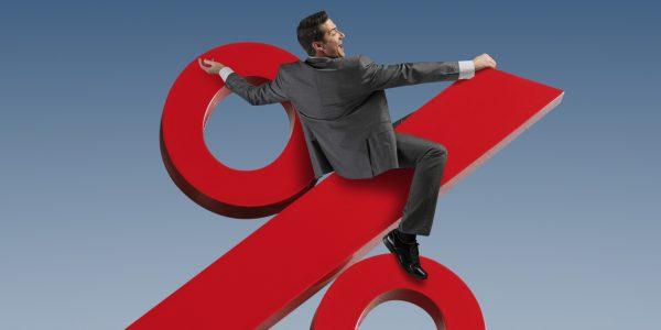 Потребители реагируют на повышения ставок Банком Канады спокойно