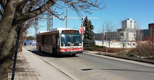 В автобусах Торонто появится бесплатный Wi-Fi для пассажиров